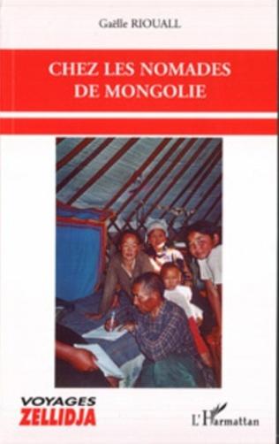 Couverture Chez les nomades de Mongolie