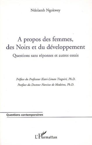 Couverture A propos des femmes, des Noirs et du développement