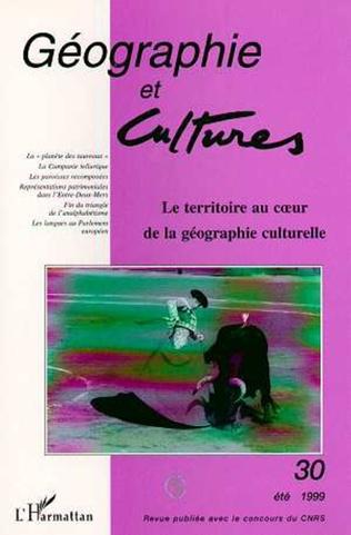 Couverture LE TERRITOIRE AU CŒUR DE LA GÉOGRAPHIE CULTURELLE