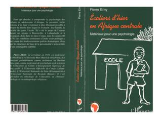 Couverture ECOLIERS D'HIER EN AFRIQUE CENTRALE