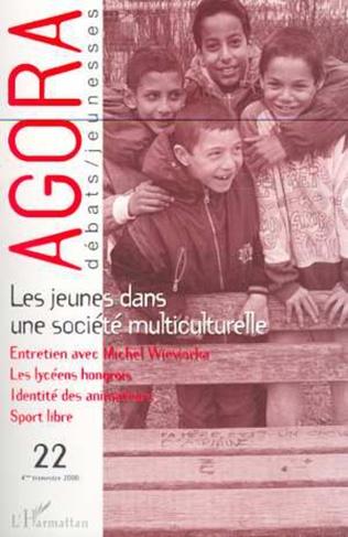 Couverture Les jeunes dans une société multiculturelle