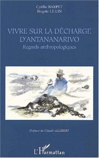 Couverture VIVRE SUR LA DÉCHARGE D'ANTANANARIVO