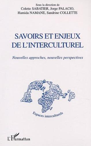 Couverture SAVOIRS ET ENJEUX DE L'INTERCULTUREL