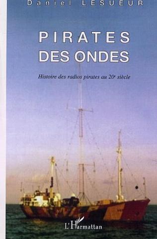 Couverture PIRATES DES ONDES