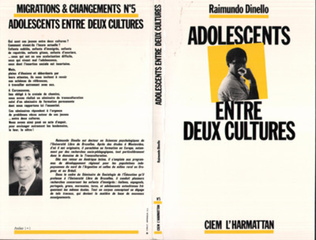 Couverture Adolescents entre deux cultures