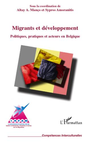 Couverture Migrants et développement