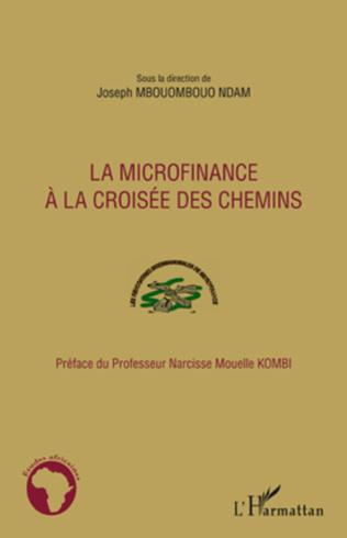 Couverture La microfinance à la croisée des chemins