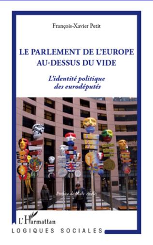 Couverture La parlement de l'Europe au-dessus du vide