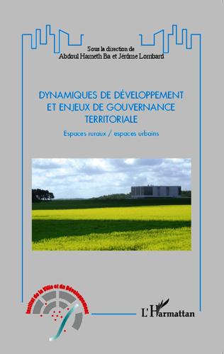 Couverture Dynamiques de développement et enjeux de gouvernance territoriale