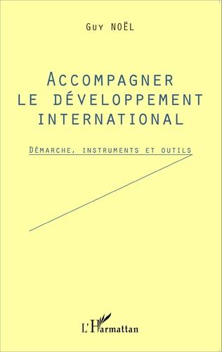 Couverture Accompagner le développement international