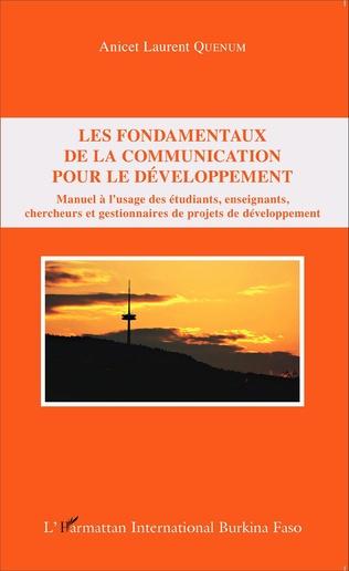 Couverture Les fondamentaux de la communication pour le développement