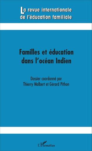 Couverture Familles et éducation dans l'océan Indien
