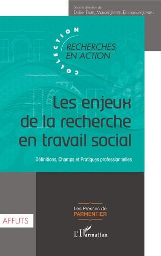 Couverture Les enjeux du développement de la recherche en travail social