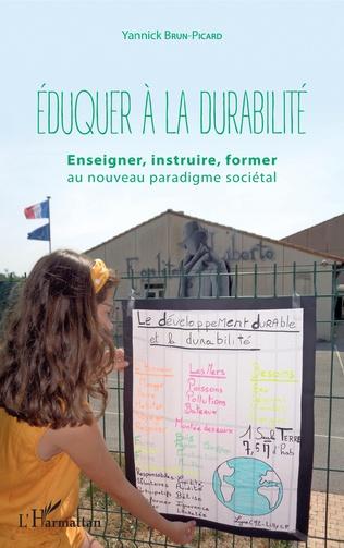 Couverture Eduquer à la durabilité