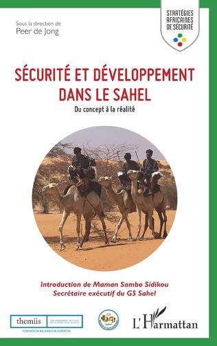 Couverture Sécurité et développement dans le Sahel